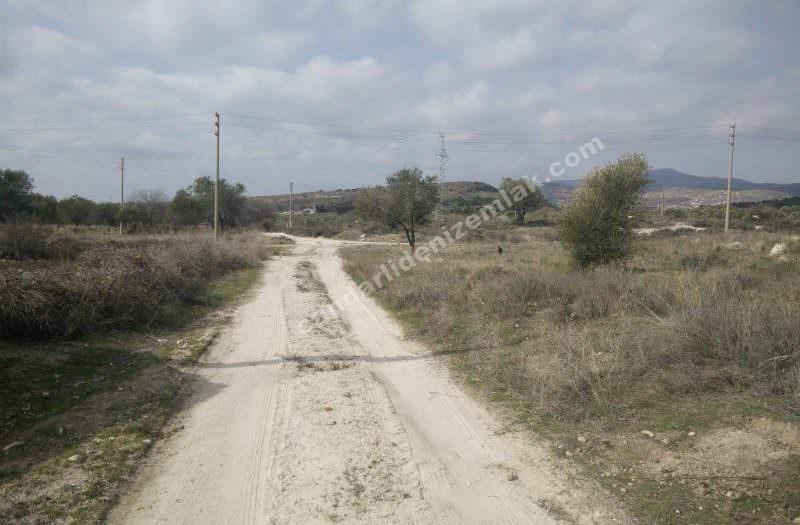 Çandarlı Mavikent 'te Şantiye Tarafında Satılık İkiz Arsa