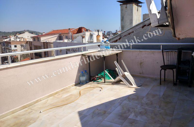 Çandarlı Sahile 50 Metre Mesafede Satılık 3+1 Apartman Dublex